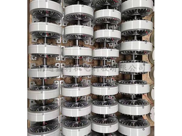 机座式磁粉制动器